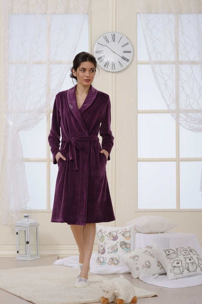 HOME PLUSH DRESSING GOWN