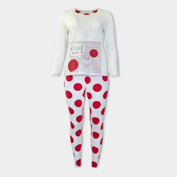Пижама на големи червени точки