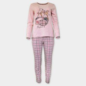 Мека, галеща кожата пижама
